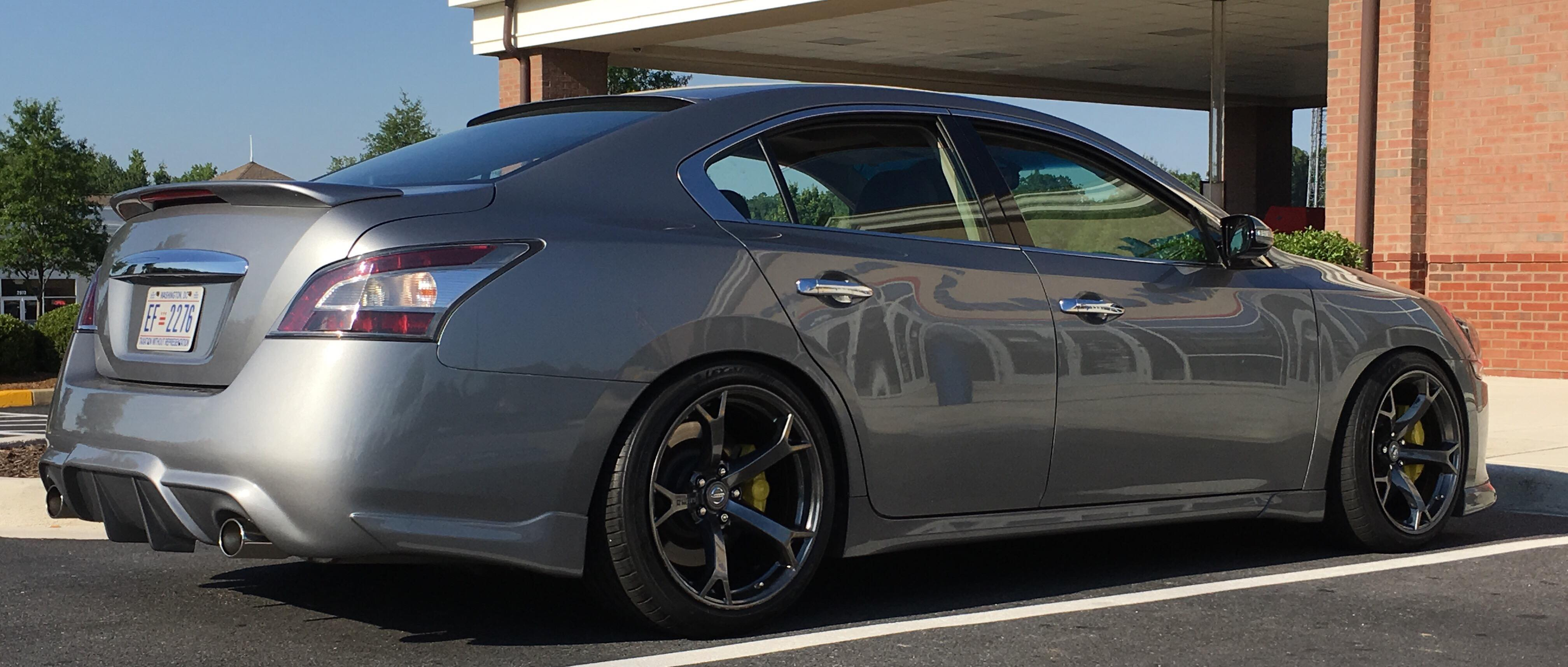 akebeono brake rebuild on 7thgen maximathe wheels 370z nismo 19×10 5 on 255 40 19\u0027s square set up